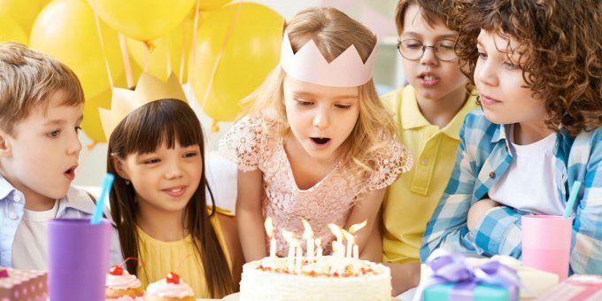 Jeux anniversaire enfant : des jeux en intérieur pour les 4-7 ans | Jeux anniversaire, Jeu ...