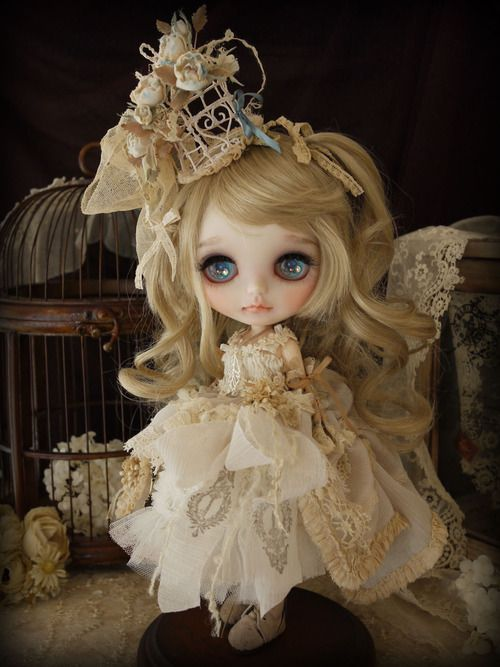little cream dress by Milk Tea