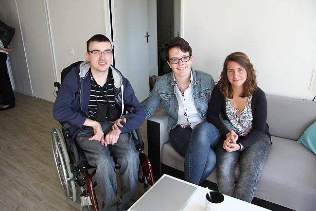 Une première à Rennes.... Quatre étudiants habitent dans un immense appartement bénéficiant d'aménagements spécifiques. Un projet lancé par Archipel Habitat, Handisup Bretagne et l'association Maison en ville. « Nous voulions créer des logements non stigmatisants....