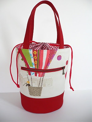 Love this bag and instructions on how to sew a round bottom.: Crafts Ideas, Sewing Projects, Projects Bags, Circular Bottoms, Cloud, Drawstring Bags, Sewing Bags, Round Bottoms, Bottoms Neat