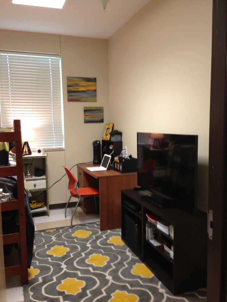 Boys dorm room, gray and yellow