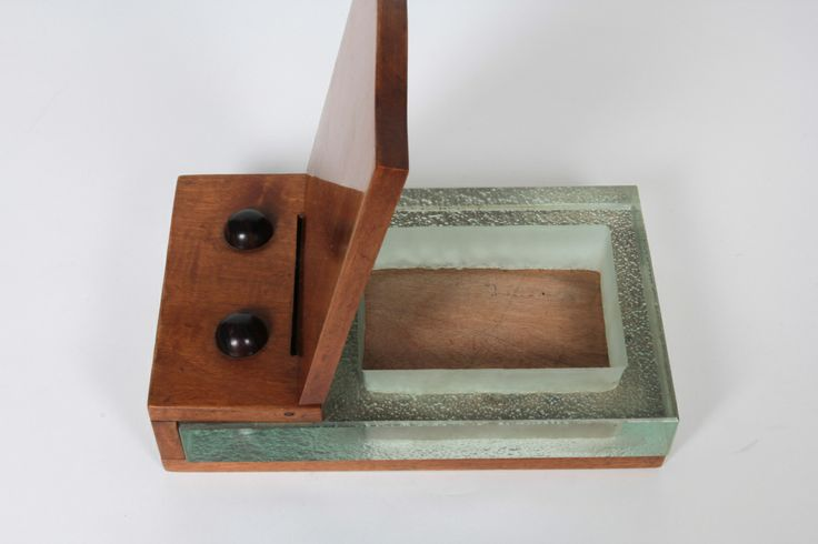 Alexandre Noll early and rare Art Deco box c. 1930   From a unique collection of antique and modern decorative boxes at http://www.1stdibs.com/furniture/more-furniture-collectibles/decorative-boxes/