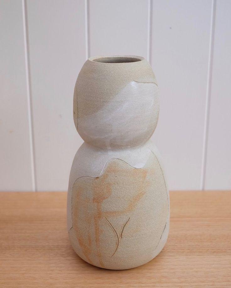 AMY LEEWORTHY Sketch Vase #2 2017