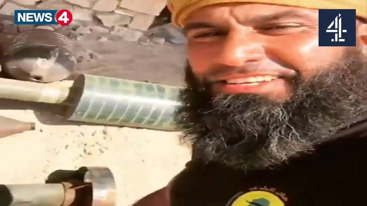 Hero Abu Azrael   With The popular crowd rockets in preparation for the ...