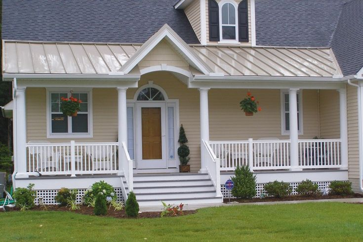 Best 20 Of The Most Welcoming Wooden Porches House With Porch 640 x 480