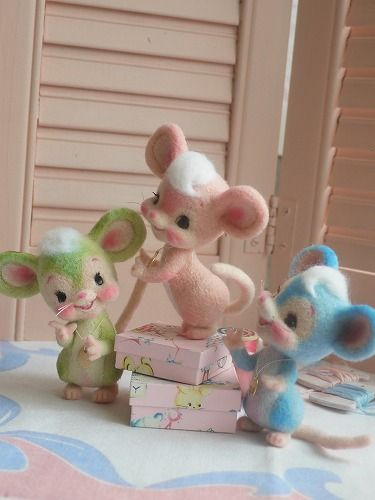Little mice - they are up to something!