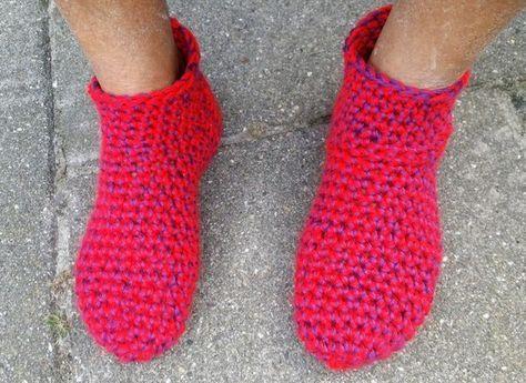 sloffen haken, gehaakte sloffen, haakpatroon sloffen, gratis haakpatroon sloffen, caron simply soft, youtube,sloffen, sokken, gehaakte sokken