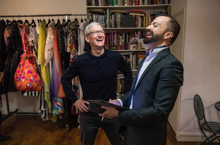 New charity auction offers lunch with Tim Cook at Apple Park HQ #AppleNews #TechNews