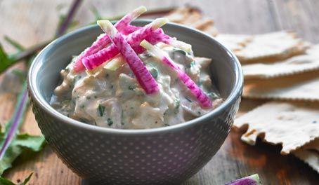 Make Life Easy with this Tuna and Roasted Garlic Spread recipe! LIKE us at https://www.facebook.com/goldseal #cannedtuna #nodraintuna #easyrecipes