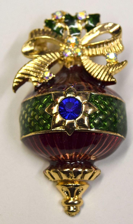 Vintage Christmas Ball Brooch Pin #reflections_vintage_toronto #vintagejewellery #Christmas #brooches