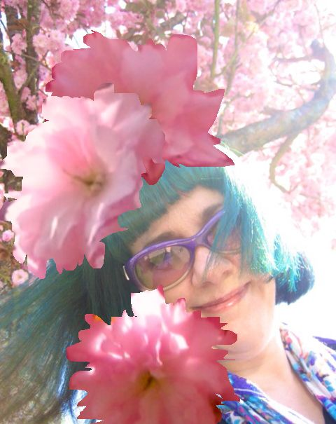 That's me in muh pink cherry blossom hat!