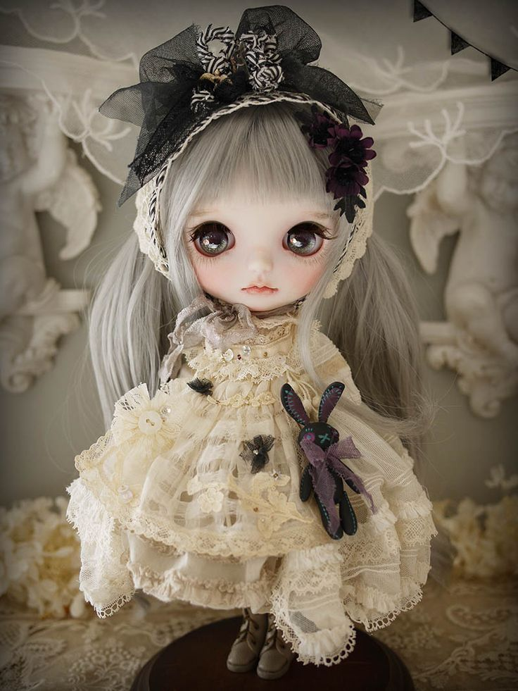 Custom blythe by Milk Tea Doll Society@Tumblr
