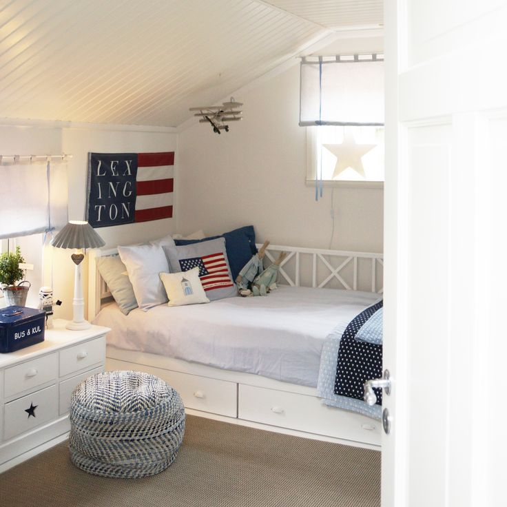 Flag, heart, lexington company, star, stars and stripes, boys room, boysroom, inspiration, light blue, pojkrum, molban, jeans, airplane, flygplan, barnrum