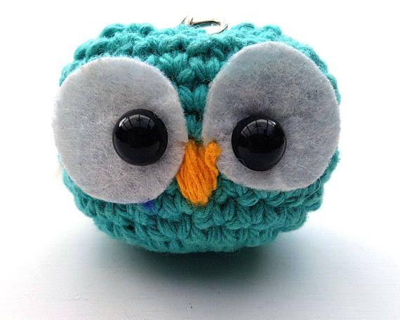 Bekijk dit items in mijn Etsy shop https://www.etsy.com/nl/listing/536064040/gehaakte-sleutelhanger