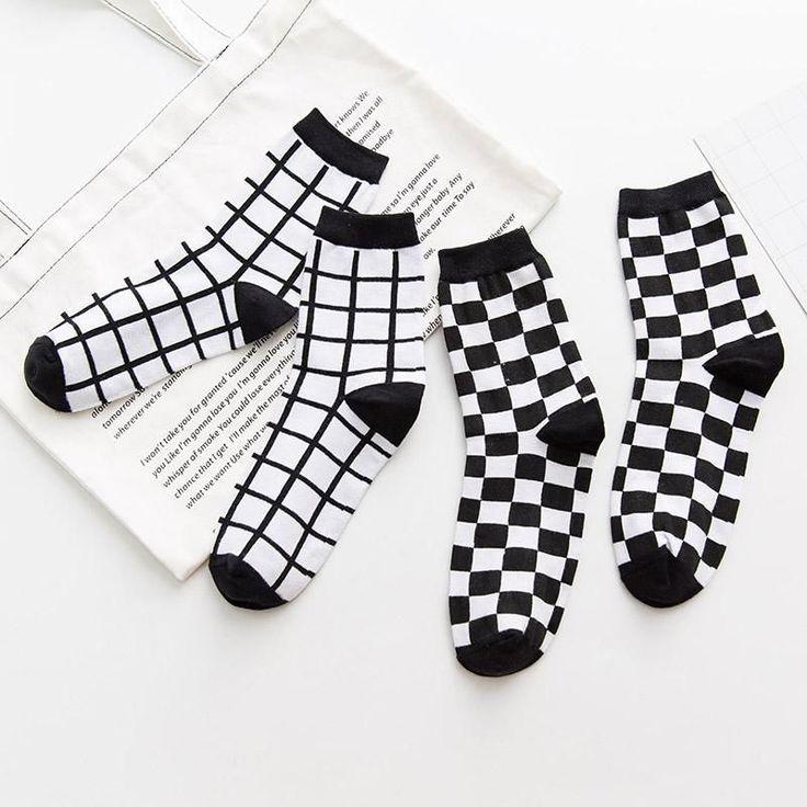 itGirl Shop CHECKERED GRID BLACK WHITE MINIMAL SOCKS Aesthetic Apparel, Tumblr C…