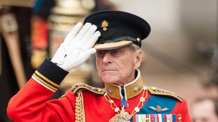 Britové ho milují hlavně pro jeho svérázný smysl pro humor. Princ Philip, manžel britské královny Alžběty II., dnes naposledy oficiálně vystoupí na veřejnosti. Jako velkoadmirál královského námořnictva se zúčastní vojenské přehlídky. Poté se stáhne z veřejného života.