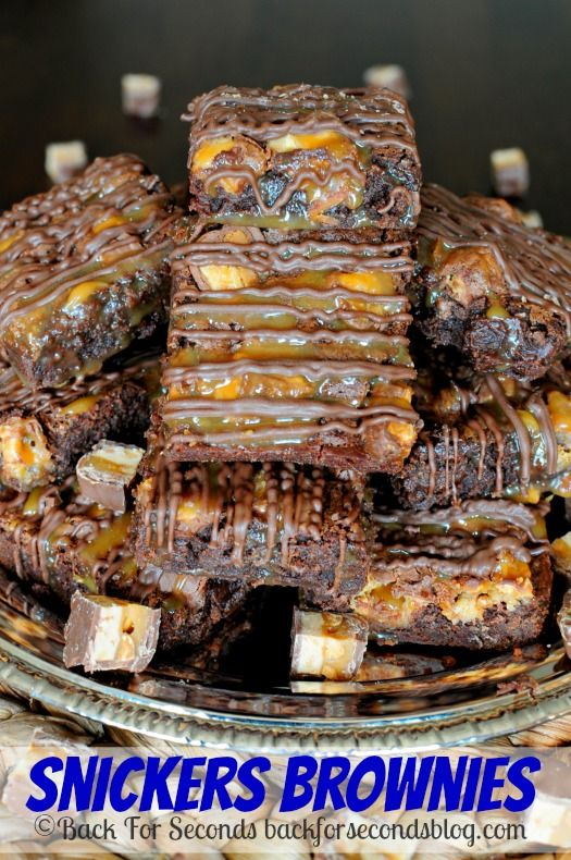 Snickers Brownies - Rich, fudgy, and oozing caramel and chocolate ...