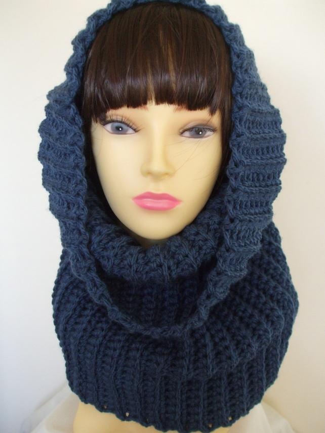 Crocheted Cowl Hood £9.00