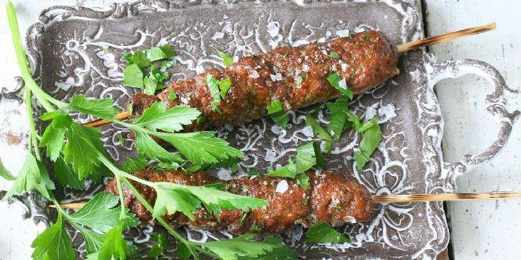 Kebab av lammekjøtt er ikke så vrient å lage. Ikke med denne oppskriften.