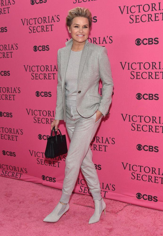 yolanda foster in grey | Yolanda Foster supporter her daughter Gigi in a tonal gray look. I