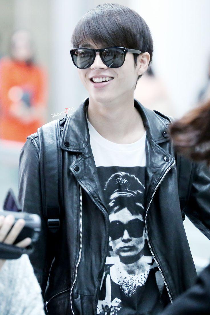 INFINITE | Nam Woo Hyun (woohyun) | 141024 | Beijing Airport | tumblr | © Sherry94 ♡ Do not edit, crop, or remove the watermark