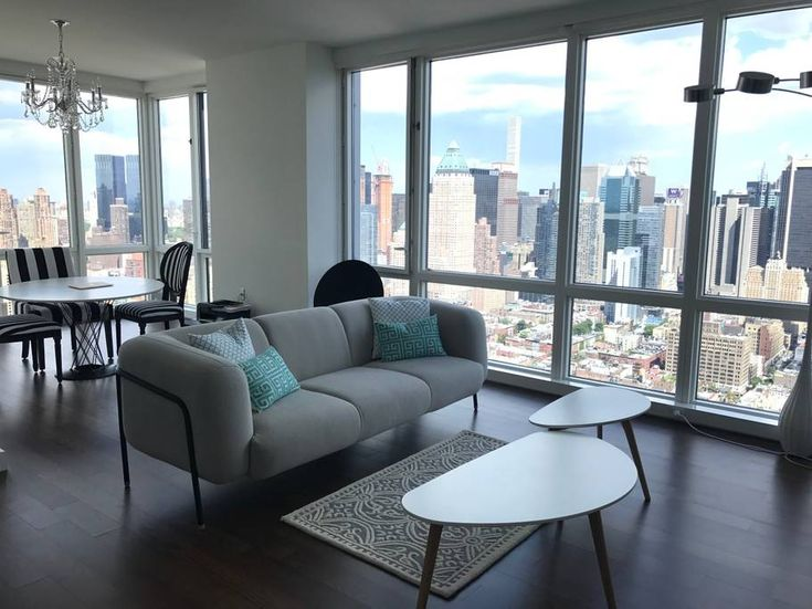 Entire home/apt in New York, United States. Stunning 1 bedroom, 1.5 bathroom corner suite in a luxury high-rise complex.