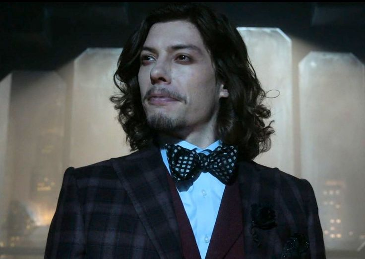 Benedict Samuel as Jervis Tetch / Mad Hatter in Gotham 303 Look Into My Eyes