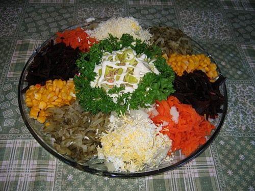 Простые рецепты салатов в новогоднюю ночь