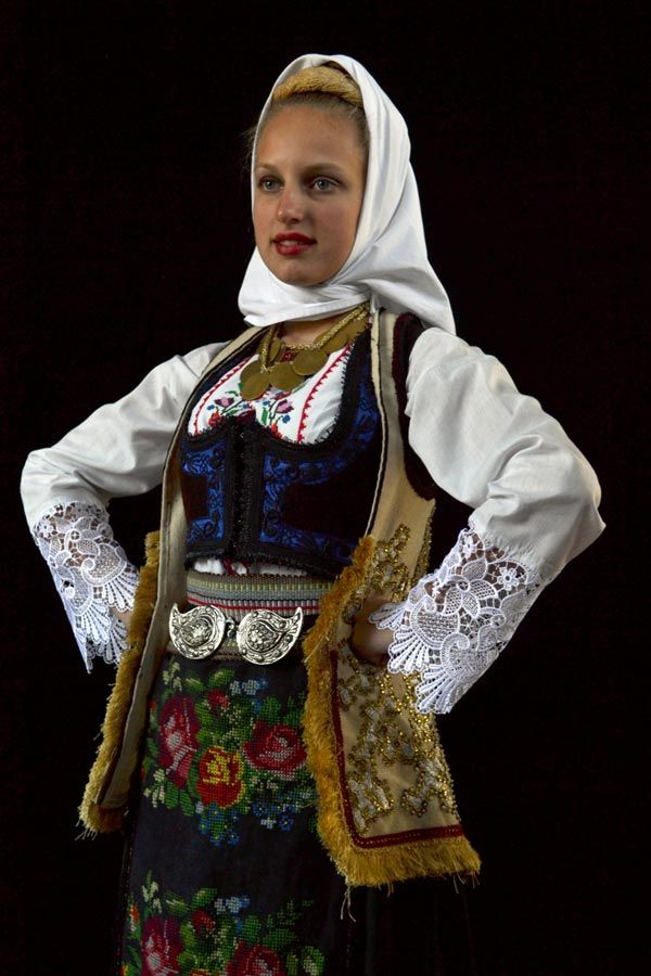 Moldovan girl shared by two guys