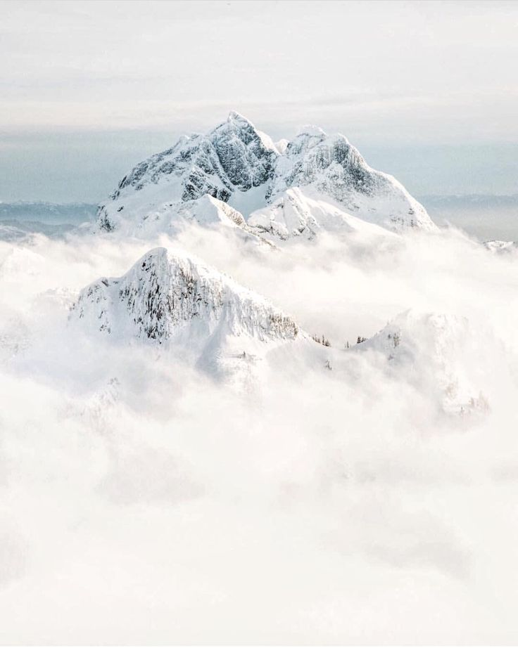 UP KNÖRTH — The man who moves a mountain begins by carrying...