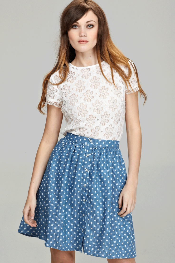 Love the top and the skirt!Modest Style, Fashion Smashion, Avec Style, Outfit, Gowns, Fashion Style Shops Lists, Dots, Le Style, Bloggers
