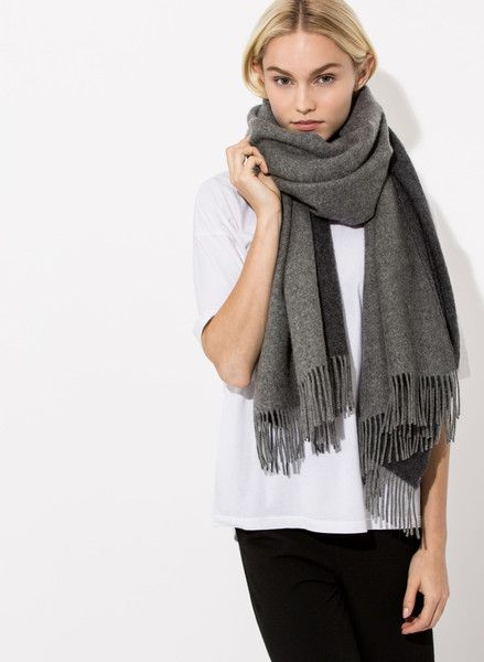 Women's Mid Layer Cashmere Scarf | Julian Scarf | Women | Kit and Ace