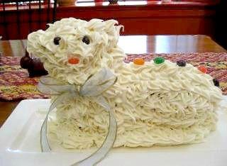 Torta di Agnello, a traditional Italian Easter cake in the shape of a lamb #recipe