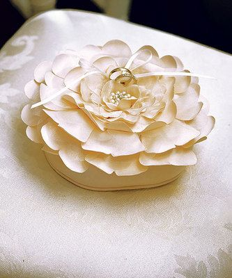 My ring pillow!!: Ring Pillows, Wedding Ideas, Weddings, Ring Bearer Pillows, Sensational Floral, Rings