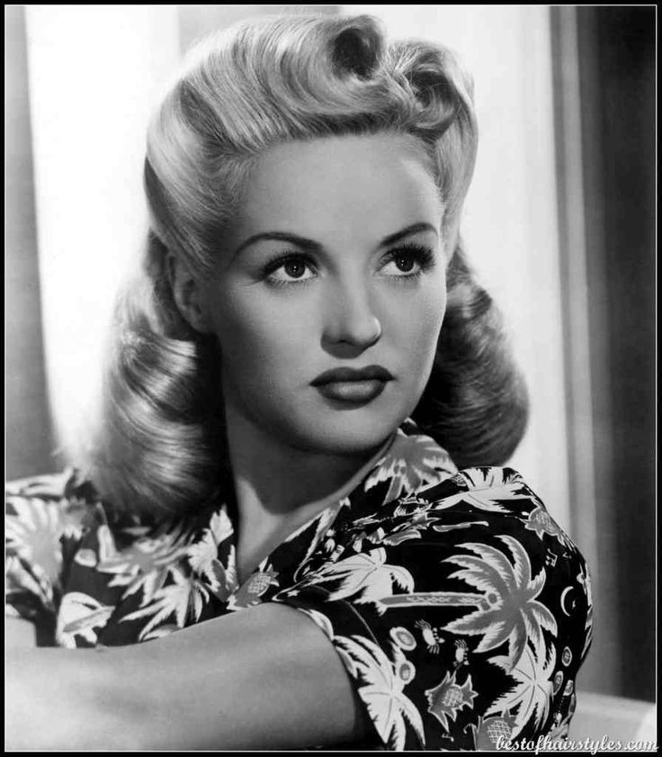 Women's hairstyles of the 1940s - Stars Style