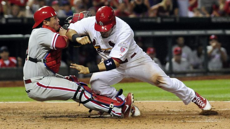 Home Plate Collision, Cardinals vs Phillies