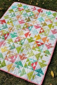 Kissing Fish Baby Quilt (free)  http://quilting.myfavoritecraft.org/free-quilting-patterns/