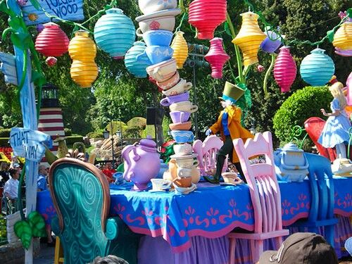 17 best images about floats on pinterest support groups for Princess float ideas