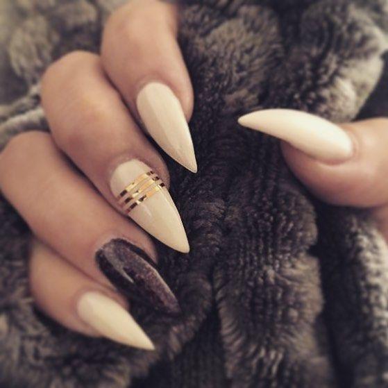 Frau Babygirl – Nails