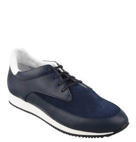 #AIGNER #Sneaker #Max #, #Leder #Mix, #herausnehmbare #Sohle Sportlich-elegant kommt dieser luxuriöse Sneaker ´´Max´´ von AIGNER für Herren daher. Sie überzeugen mit einem Mix aus Glattleder und Rauleder. Mit herausnehmbarer Sohle. Sportlichen Schick und klassische Eleganz kombinieren die Herren-Sneaker ´´Max´´ von AIGNER perfekt und passen so optimal zu einem lässigen, smarten Freizeit-Look. Feines italienisches Glattleder wurde hier gekonnt gemixt: Während Quartier und Vorder- und…