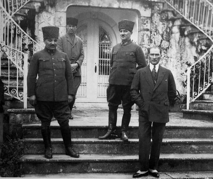 Gazi Mustafa Kemal Paşa, Kılıç Ali, Salih Bozok, Recep Çavuş - 1923