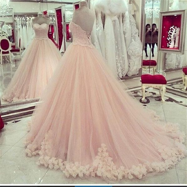 I found some amazing stuff, open it to learn more! Don't wait:https://m.dhgate.com/product/2015-luxury-lace-ball-gown-quinceanera-dresses/246581518.html