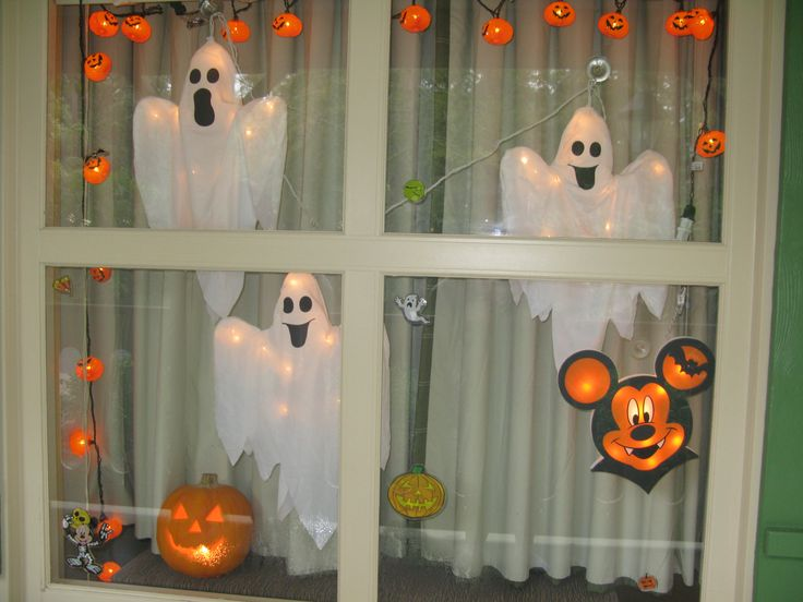 Our decorated resort window for Halloween at Disney's Port Orleans Riverside Resort. <3