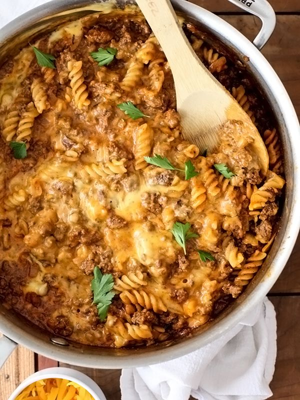 "Homemade Cheeseburger Macaroni is so much better than the boxed kind- I could make a tasty soy ""meat"" version of this! :)"
