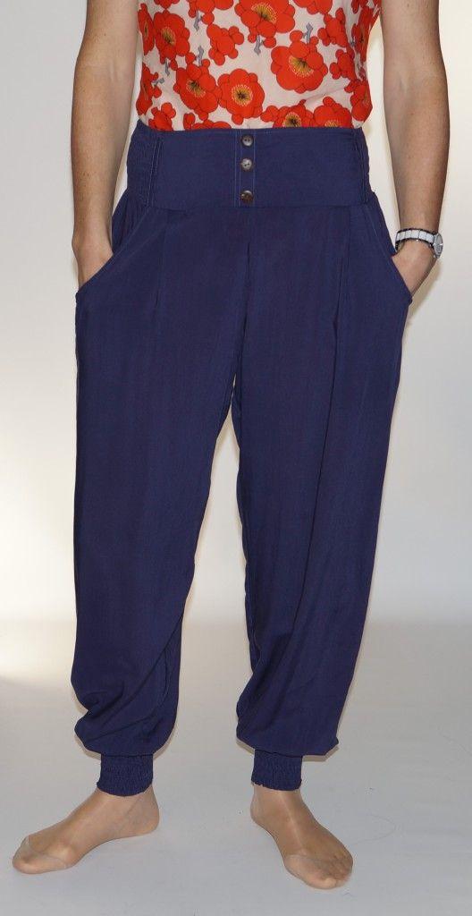 b3a487883aa7d Pantalon fluide uni Ruthai bleu marine Moshiki | Jupes réversibles ...