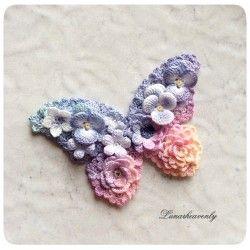 夜明けの空色の蝶々(クリップ)レース編み