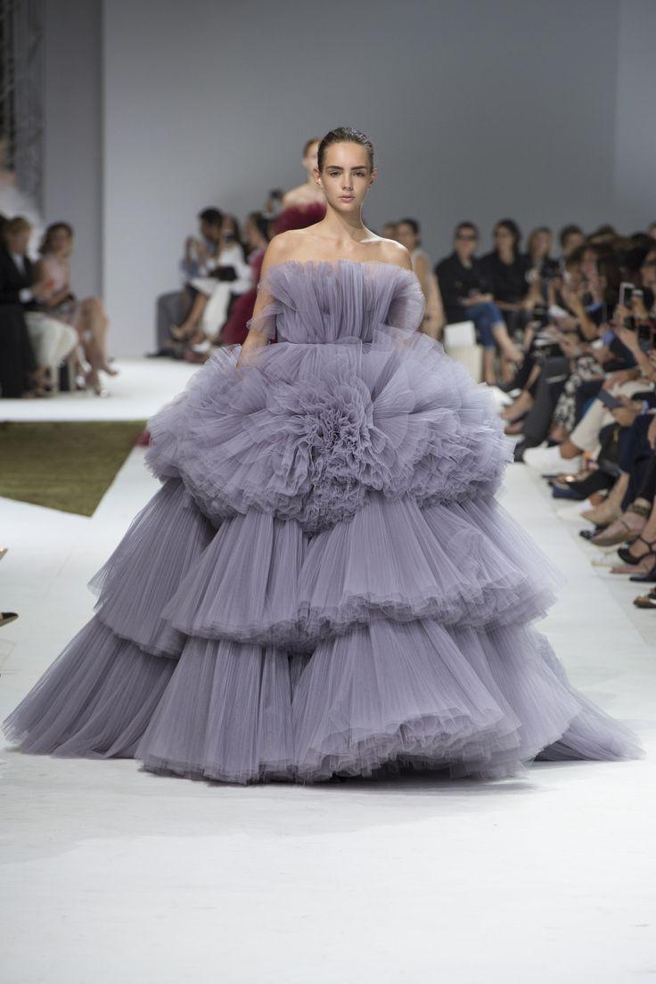 Défilé Giambattista Valli Haute Couture automne-hiver 2016-2017 45