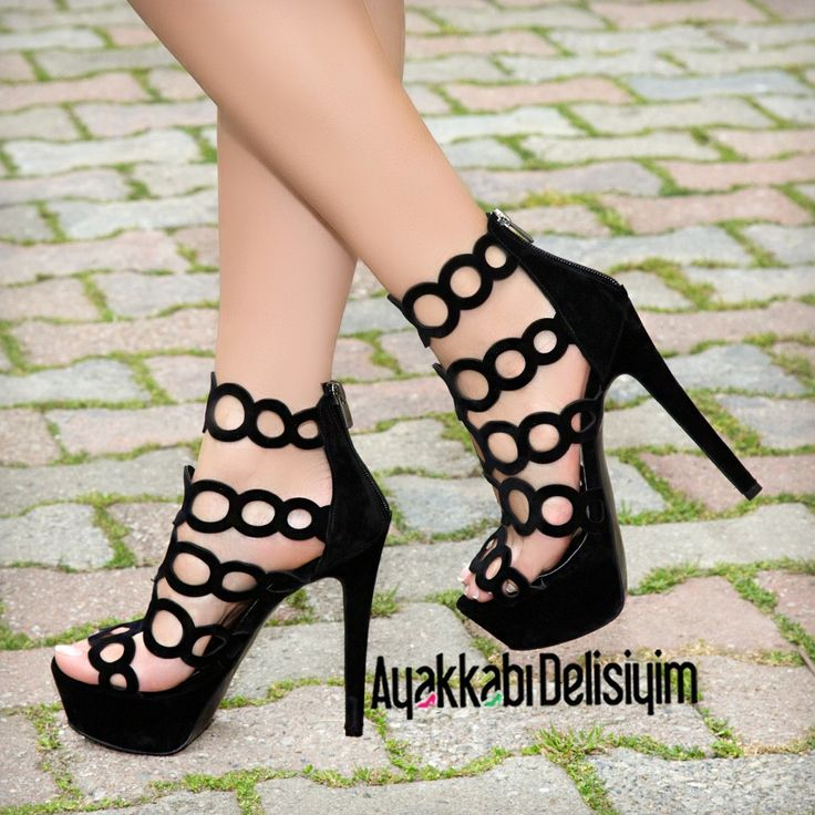 Siyah Yüksek Topuklu Ayakkabı #black #shoes