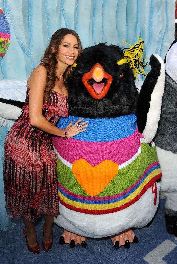 "Sofia Vergara Photos - Premiere Of Warner Bros. Pictures' ""Happy Feet Two"" - Red Carpet - Zimbio"