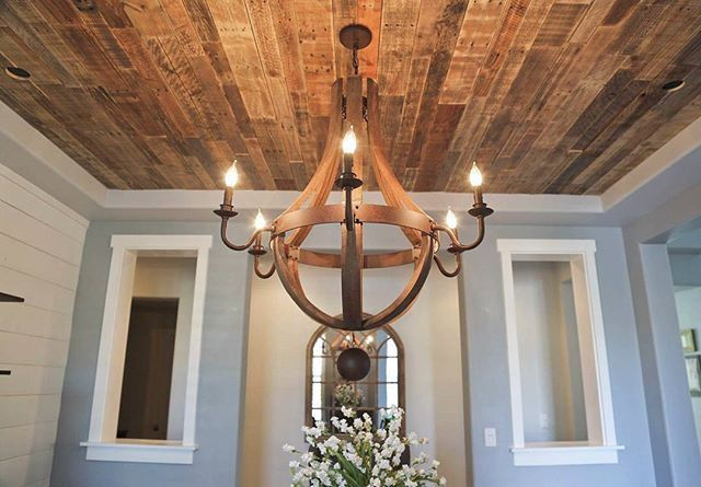 Pallet boards | This ceiling is just WOW on this dining room I designed. #reclai…